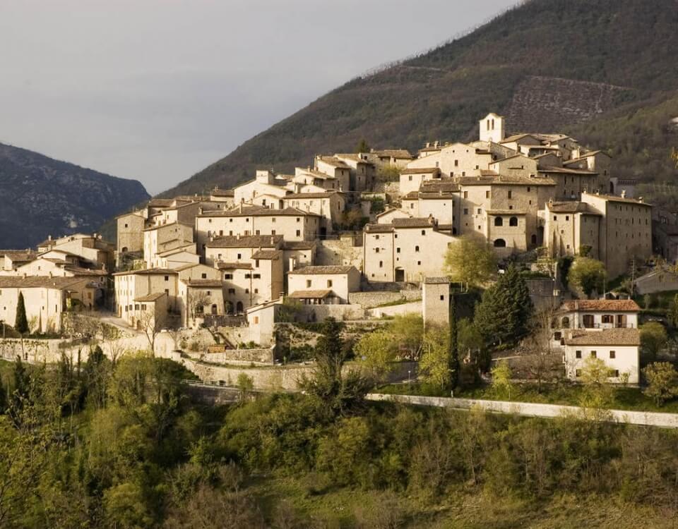 Vallo di Nera, un borgo di una bellezza straordinaria della Provincia di Perugia