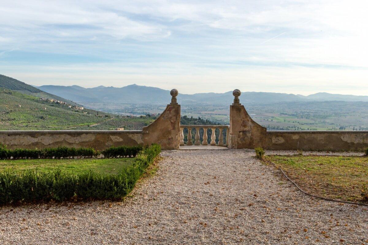 Panorama tra il Sentiero degli Olivi e la Via di San Francesco